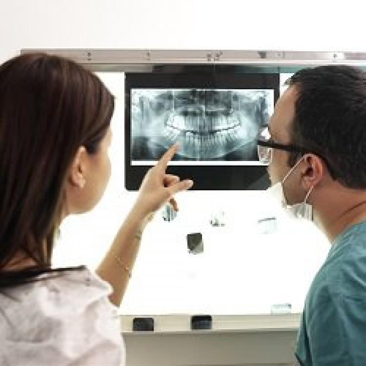 ¿Qué es y cómo tratar la maloclusión dental?