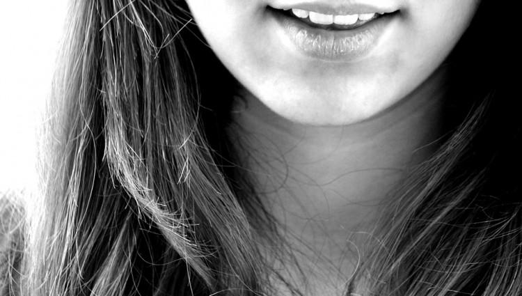 ¿Por qué nos sangran las encías?