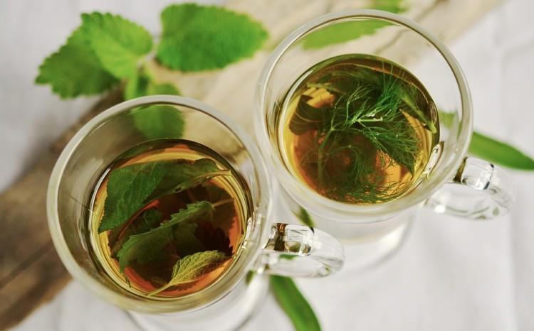 Bebidas naturales para evitar el mal aliento