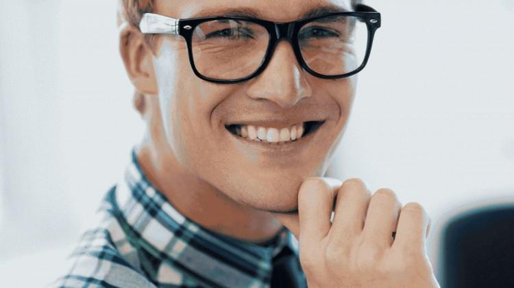 Claves para cuidar los implantes dentales