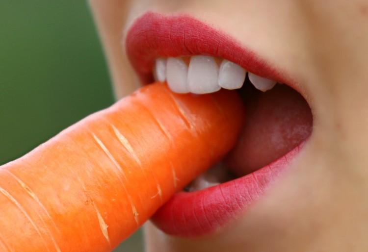 Alimentos que te ayudan a prevenir la caries