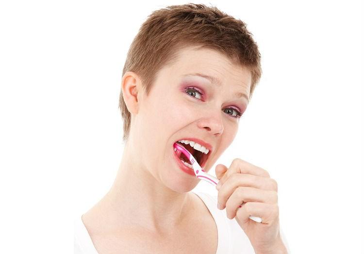 Et raspalles les dents correctament? Els errors més comuns
